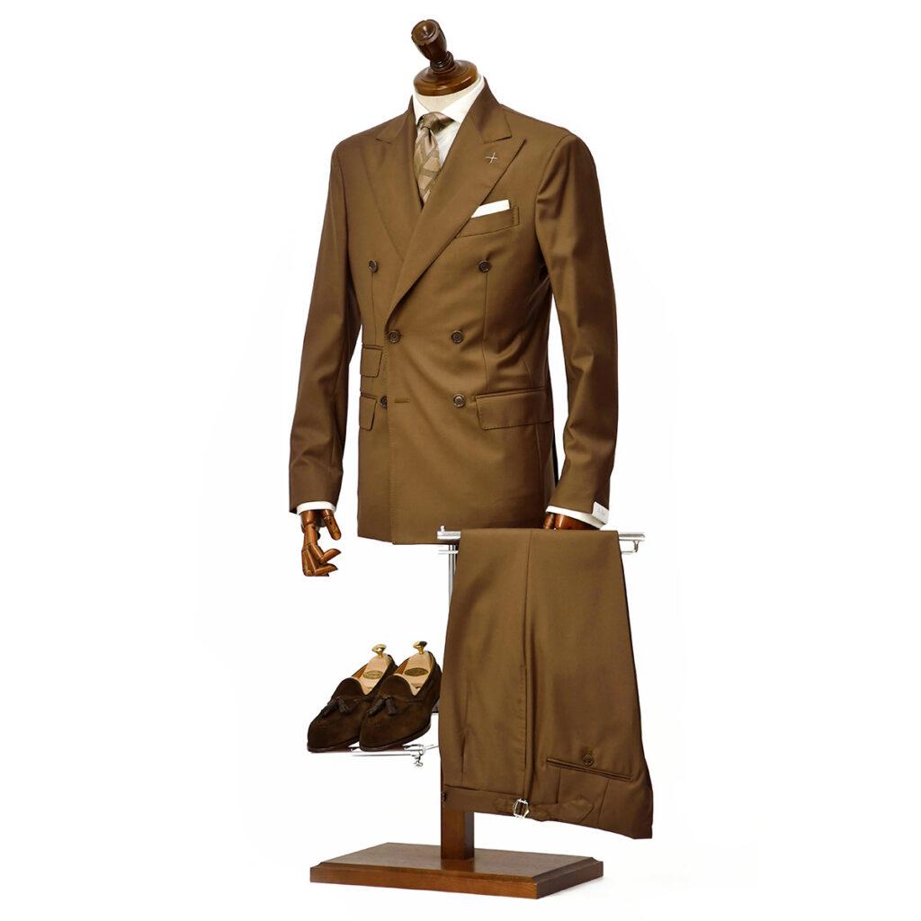 先行販売 早得 【袖修理無料】De Petrillo【デ ペトリロ】ダブルスーツをご紹介致します。