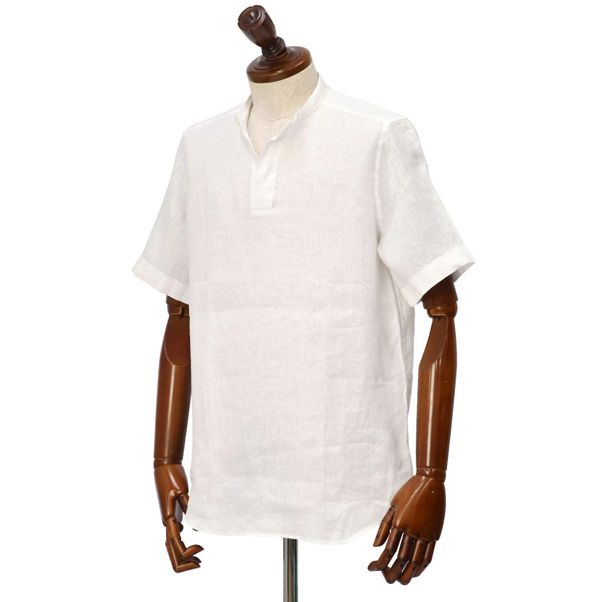 Bagutta【バグッタ】バンドカラープルオーバーシャツをご紹介致します。