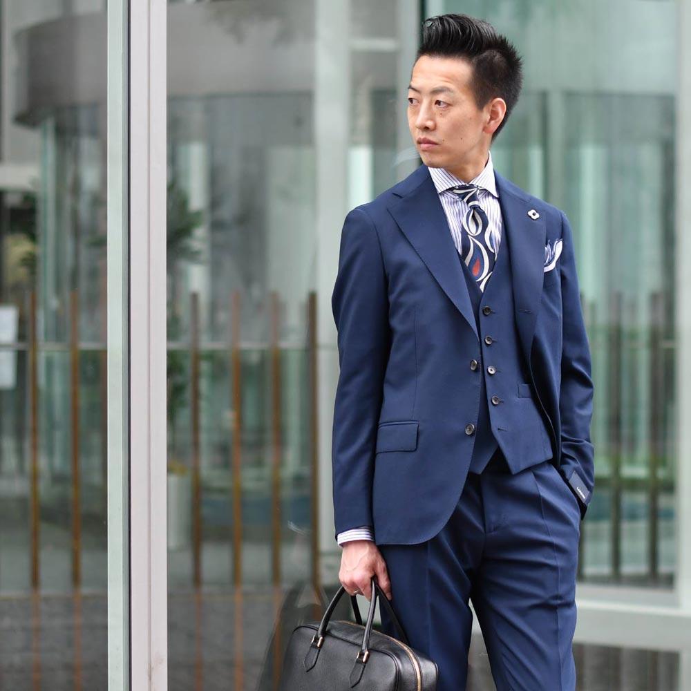 スーツスタイルをより魅力的&清潔感を演出するブルーコーデ!LARDINI【ラルディーニ】