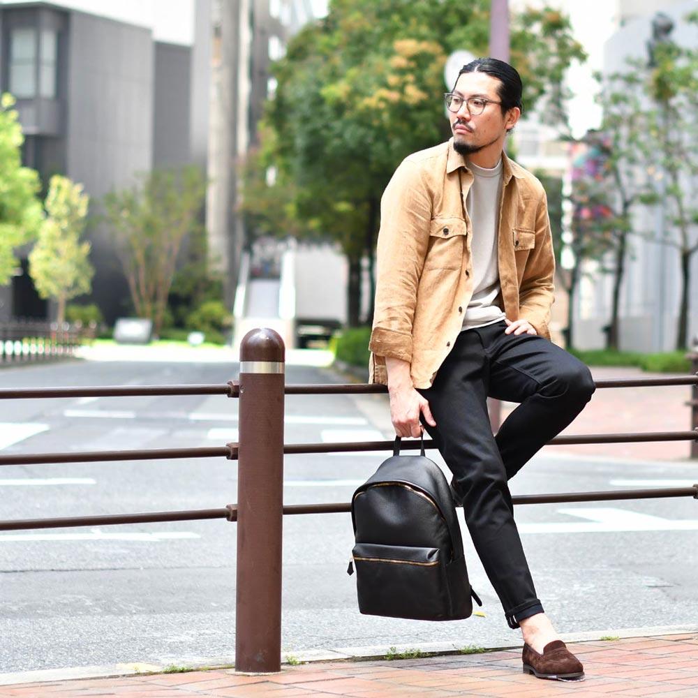 軽く羽織れるシャツジャケットコーデ!!Bagutta【バグッタ】