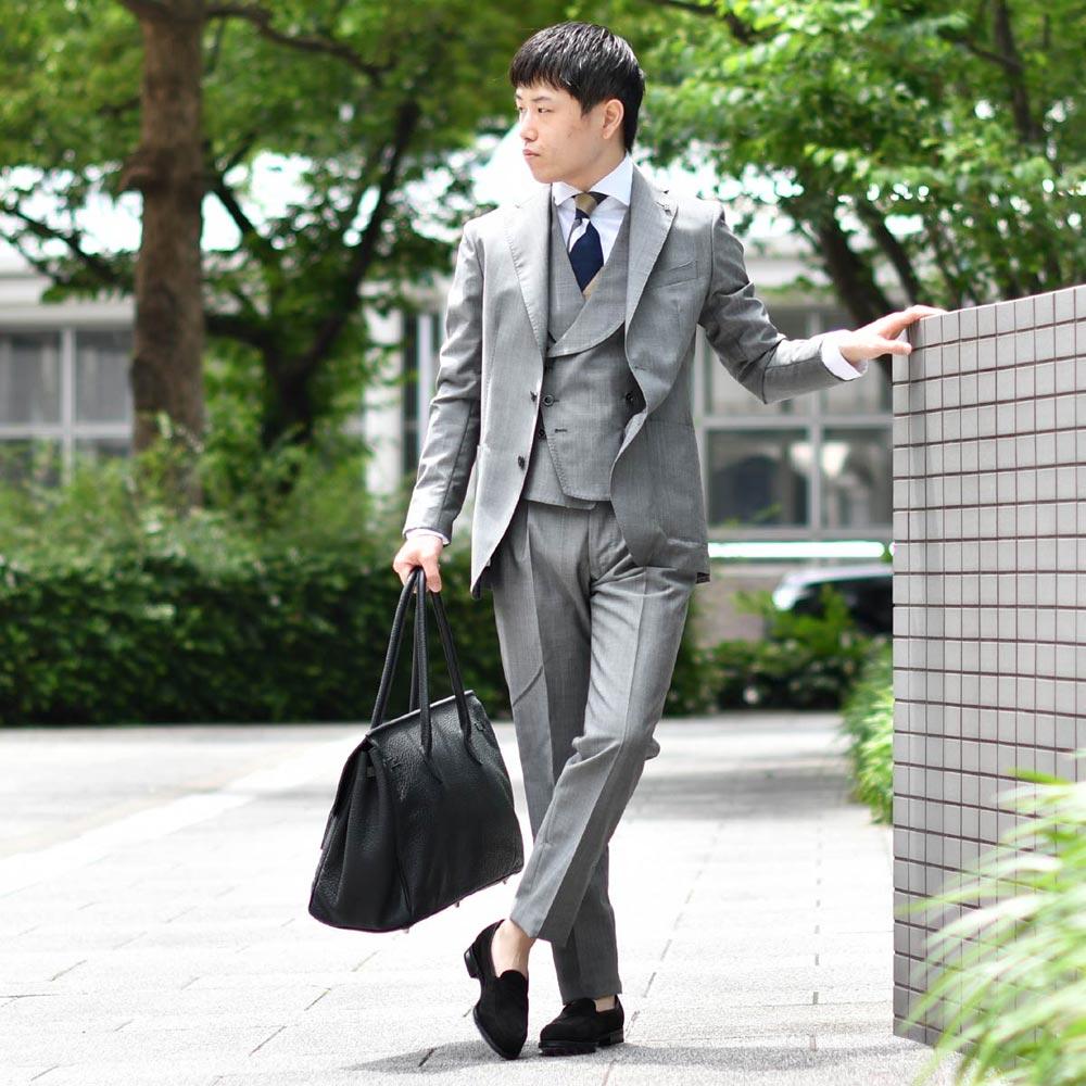 艶感が贅沢なグレースーツスタイル!!TAGLIATORE【タリアトーレ】